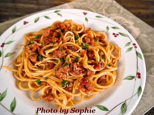 ソーセージとパンチェッタのミートスパゲティー