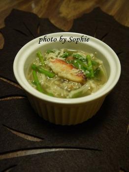 カニとアスパラガスのスープ