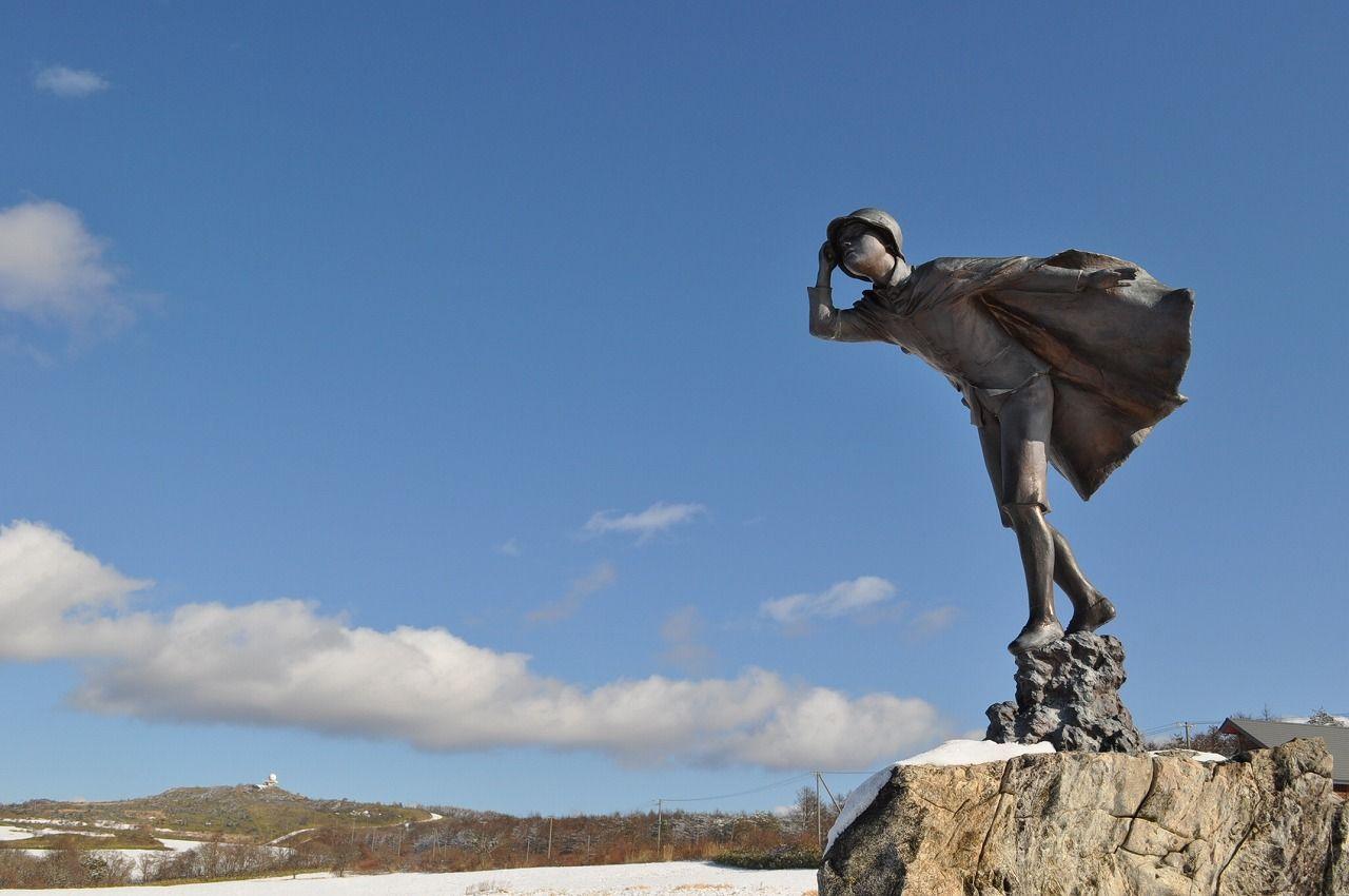 「風の又三郎」銅像