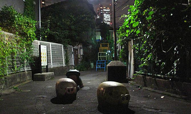 今回のテーマは夜の暗渠歩き。日中とはまた異なった姿を見せる夜の暗渠/川跡の様子を紹介しよう。