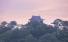 朝焼けの松江城 001