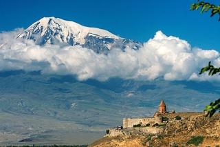 アララテ山トルコ