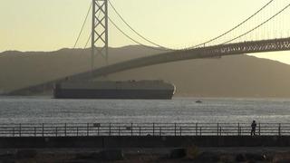 夕陽の大型船NO2