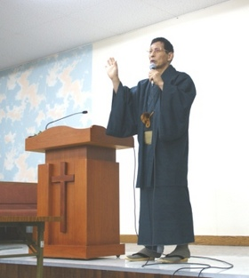 和服で説教2