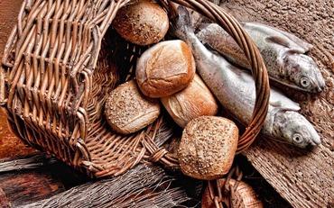 5個のパンと2匹の魚