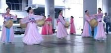 路上の賛美ダンス 036