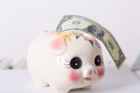 ドルと貯金箱