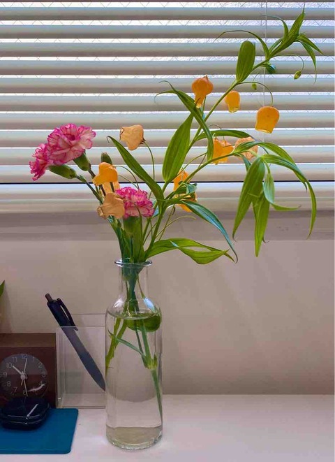 可愛らしいお花の花瓶