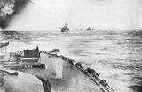 1908年5月27日6時過ぎ出撃する戦艦朝日から撮影した連合艦隊