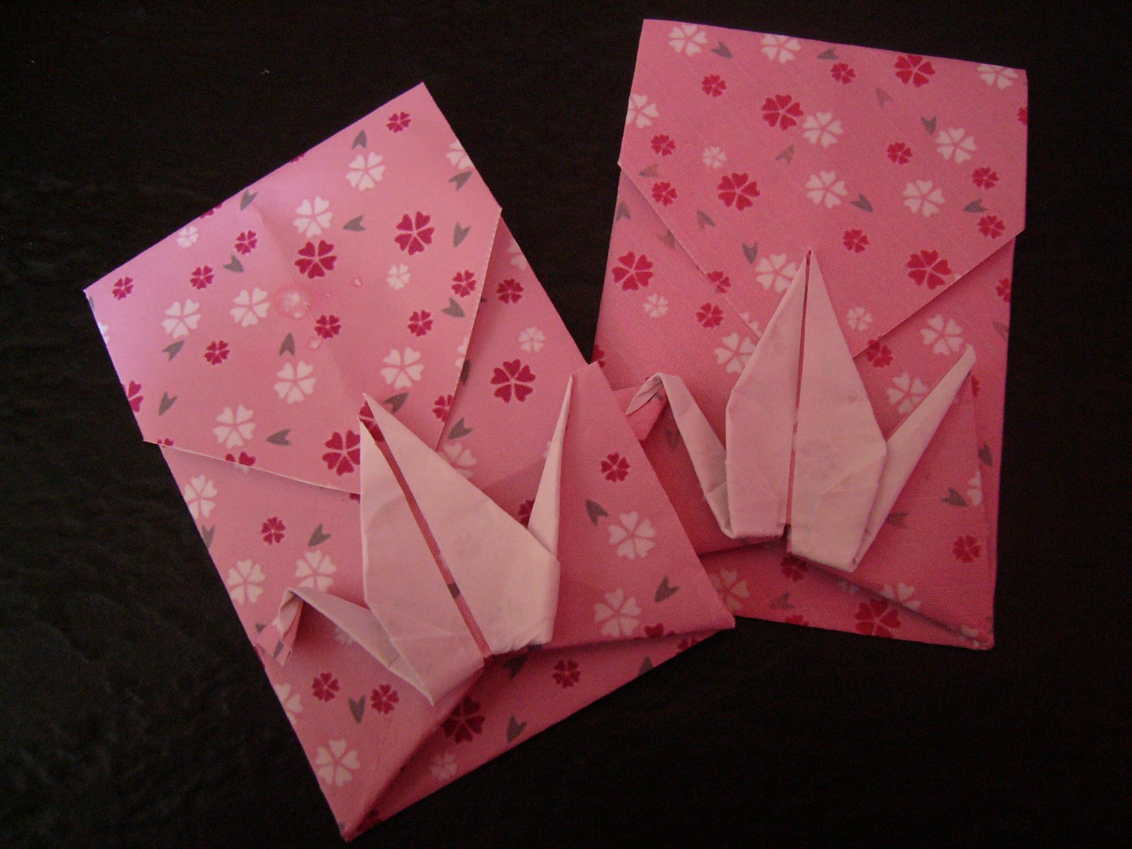 折り紙の 折り紙の財布の作り方 : 使っているのはアメリカの子供 ...