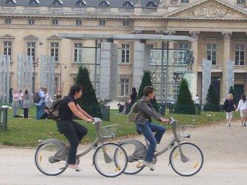 パリのレンタルサイクル