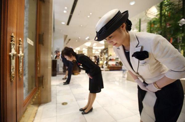 外国人「日本人は礼儀正しくて素敵だ!」←これwww