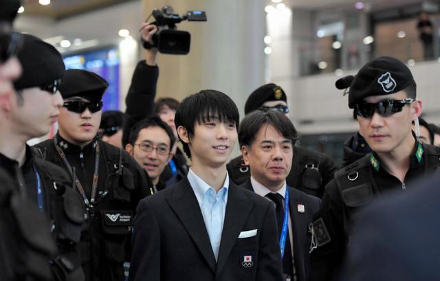 【フィギュアスケート】羽生結弦が韓国入り 空港警備強化もパニックに「走らないで!」