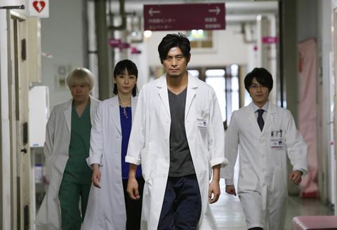 医龍4朝田についていくチームの皆さん