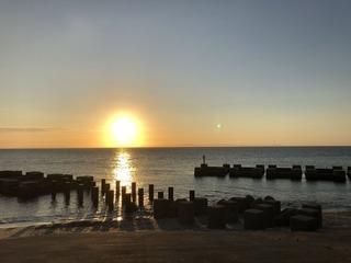 黒部海岸の夕陽1