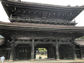瑞泉寺の山門