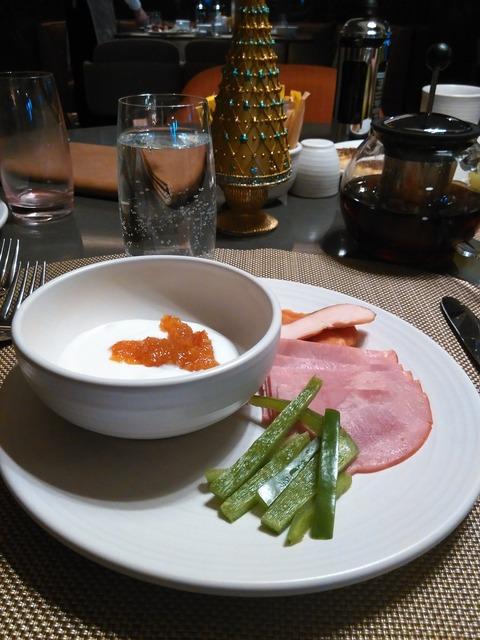 ケンピンスキー・ホテル・モール・オブ・ジ・エミレーツ OLEAの朝食