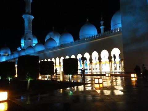 シェイク・ザイード・グランド・モスク アブダビ _20151230_195032
