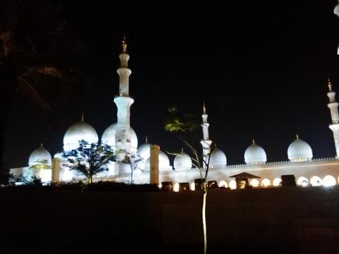シェイク・ザイード・グランド・モスク アブダビ _20151230_194300