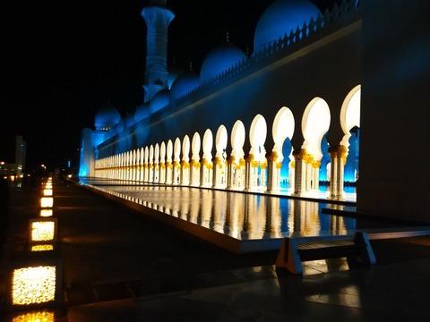 シェイク・ザイード・グランド・モスク アブダビ _20151230_195153