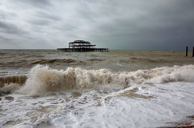 brighton-west-pier-winter-2015-15