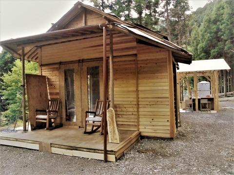 モリアオガエル小屋で雨でもゆったりBBQと屋外シンクCIMG1116