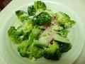 ブロッコリーのチーズサラダ