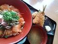 W丼とフライ(魚盛)