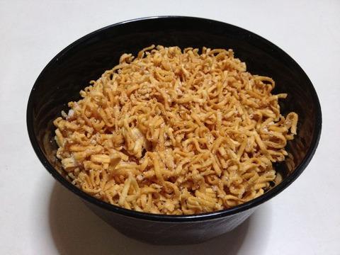 チキンラーメン・粉チーズかけ