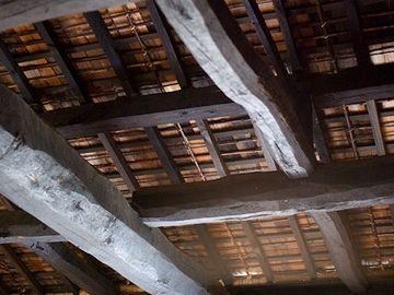 和田の家は茅葺きで、天井裏は無かったとか