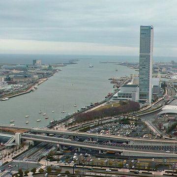 『メディアシップ』から見た信濃川河口