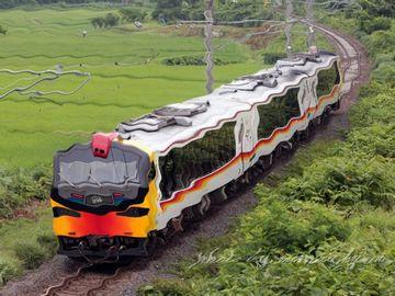 懐かしや、融通無碍の列車