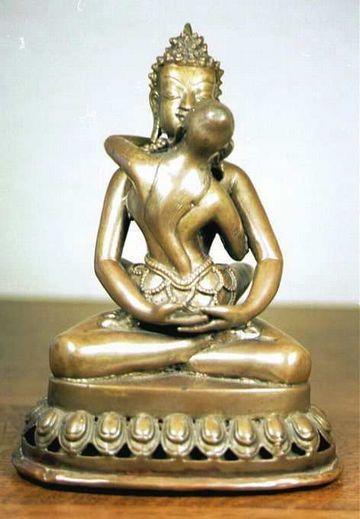 こんな仏像も