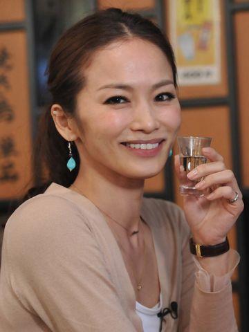 倉本康子さん。飲みっぷり、いいです(ほとんどオッサン)