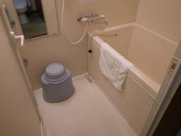 ここのお風呂、ユニットじゃないから、ゆったり出来るわよ