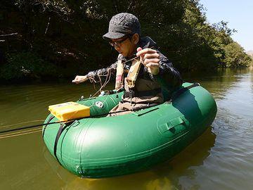 手軽に水に浮ける道具