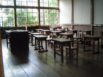 3年生の教室が、そのまま残されています。こんな教室に通ってみたかった。