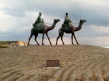 御宿海岸(千葉県)にある「月の砂漠」像