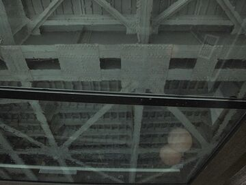 勝鬨橋を潜る