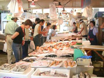 新鮮な魚が、市価より安く買えますからね