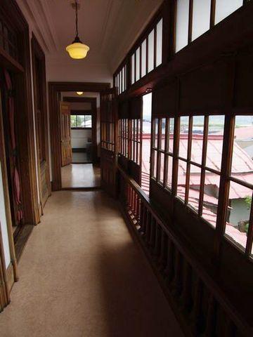 一旦、廊下に出て、一番奥の和室です
