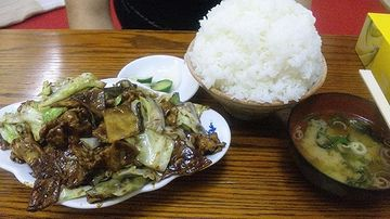 浦和学院の寮の食事だそうです。問題ありじゃないの?