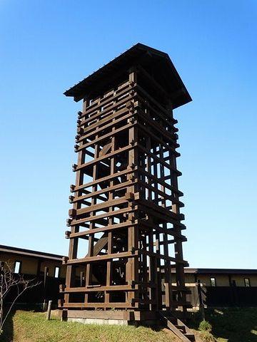 でも、単なる物見櫓が、ここまで立派な建物だったのかしら?