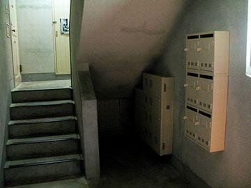 外階段を登ると