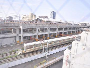 新潟駅ホームの高架化