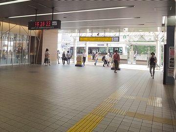 到着した『武蔵小金井駅』構内を1枚