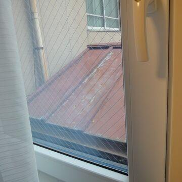 窓の外がトタン屋根だったアパホテル