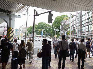 『上野』駅前