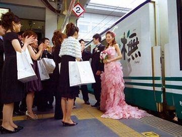 鉄道マニア同士なら、いいカップルになれるんじゃない?