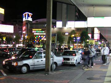 夜の新潟駅万代口・タクシー乗り場